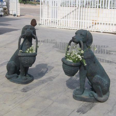 Perros con cesta